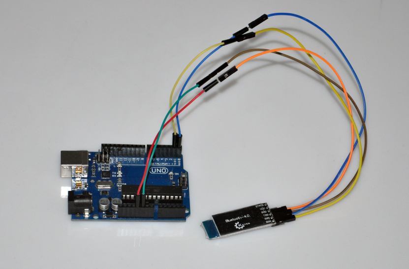 Android App communicate with Arduino through HM10 Bluetooth