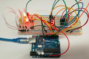 Arduino lesson – Traffic Light Controller