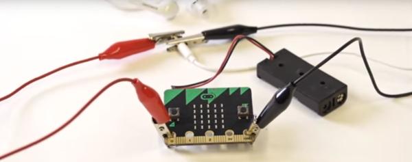 Micro:bit Basic Tutorial 8 — Hack your headphones